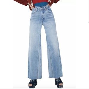 NWT Levi's Altered Wide leg